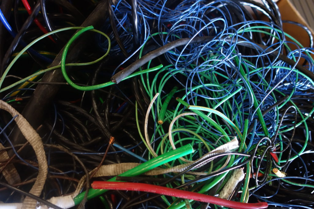 wires & electronic waste for recycling